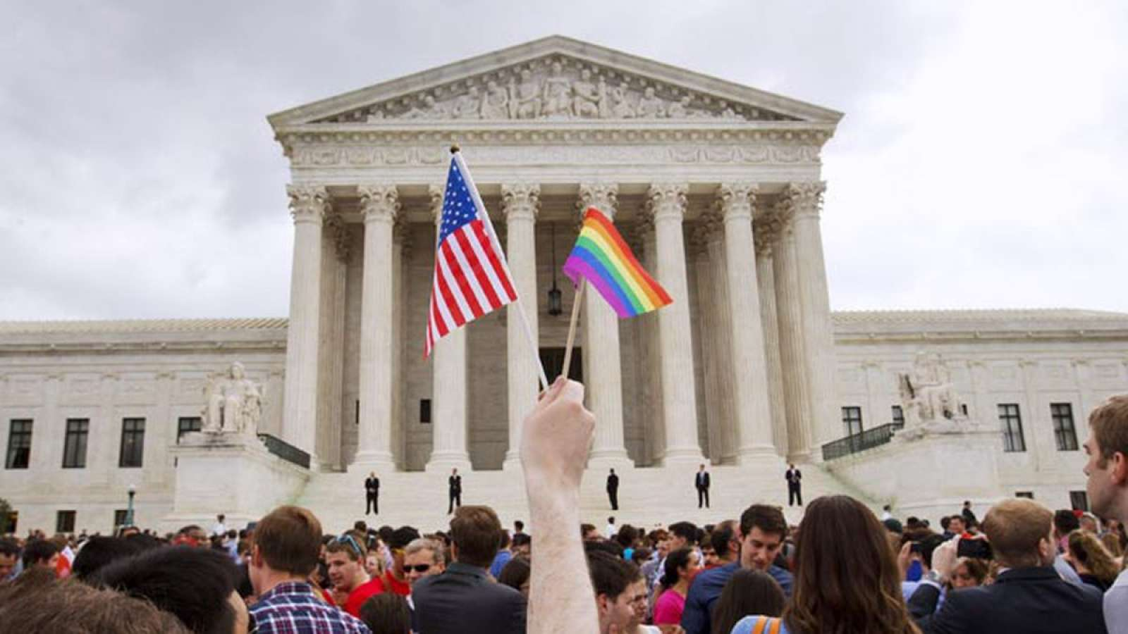 U.S. SUPREME COURT RULES EMPLOYMENT DISCRIMINATION  PROHIBITED AGAINST LGBT EMPLOYEES